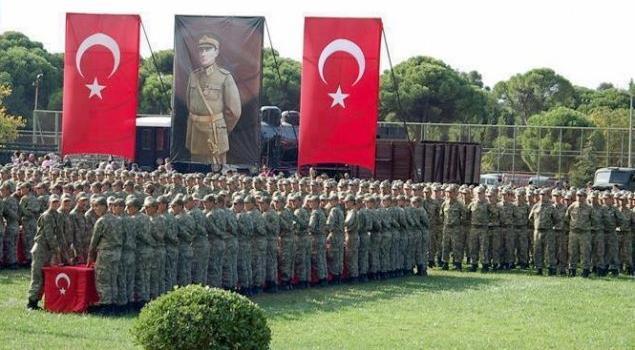 CHP Kısa Dönem Askerliğin 4 Aya İnmesinden Yana