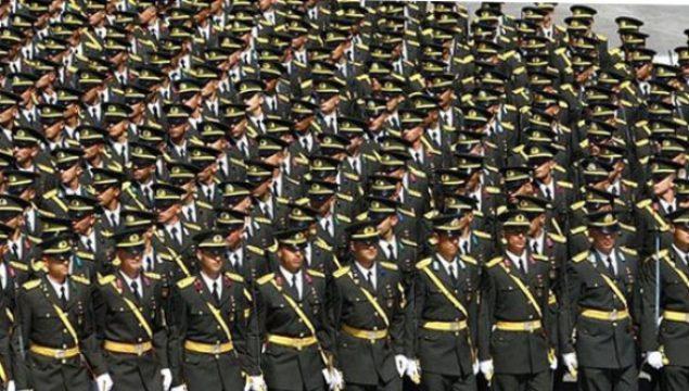Subay Olarak Askerde Nasıl Kalınır?